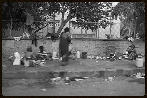 ghar ka banana koi asaan kam nahi duniya basana koi asan kam nahi by firoze shakir photographerno1
