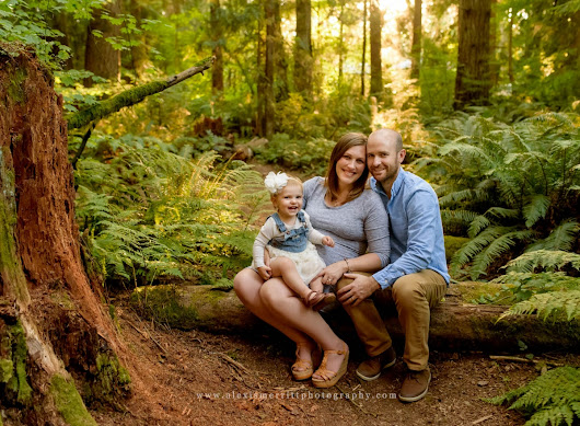 Pregnancy portraits at McCollum Park | Maternity Photographer Seattle