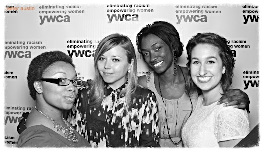 Women under 30, picture yourself at the YW Awards Soirée!
