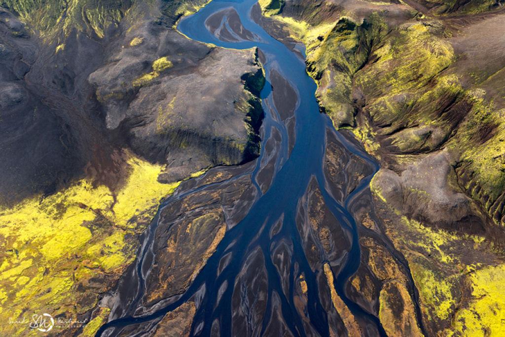 Impressionantes fotos aéreas das paisagens da Islândia 06