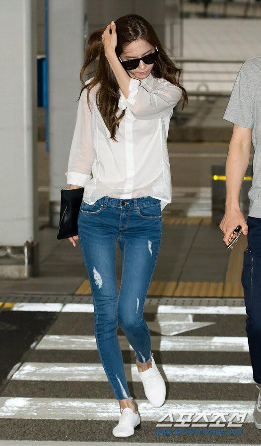 Xinh đẹp là thế, nhưng vì nhược điểm này mà Yoona nên tránh xa những kiểu váy ngắn - Ảnh 5.