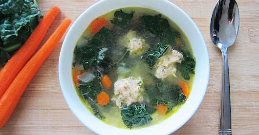 A Delicious + Healthy Kale Soup Recipe to Kick-Off Fall | SoInTheKnow