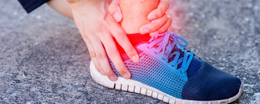 Strain vs. Sprain - What's the Difference? - BioMotion PT