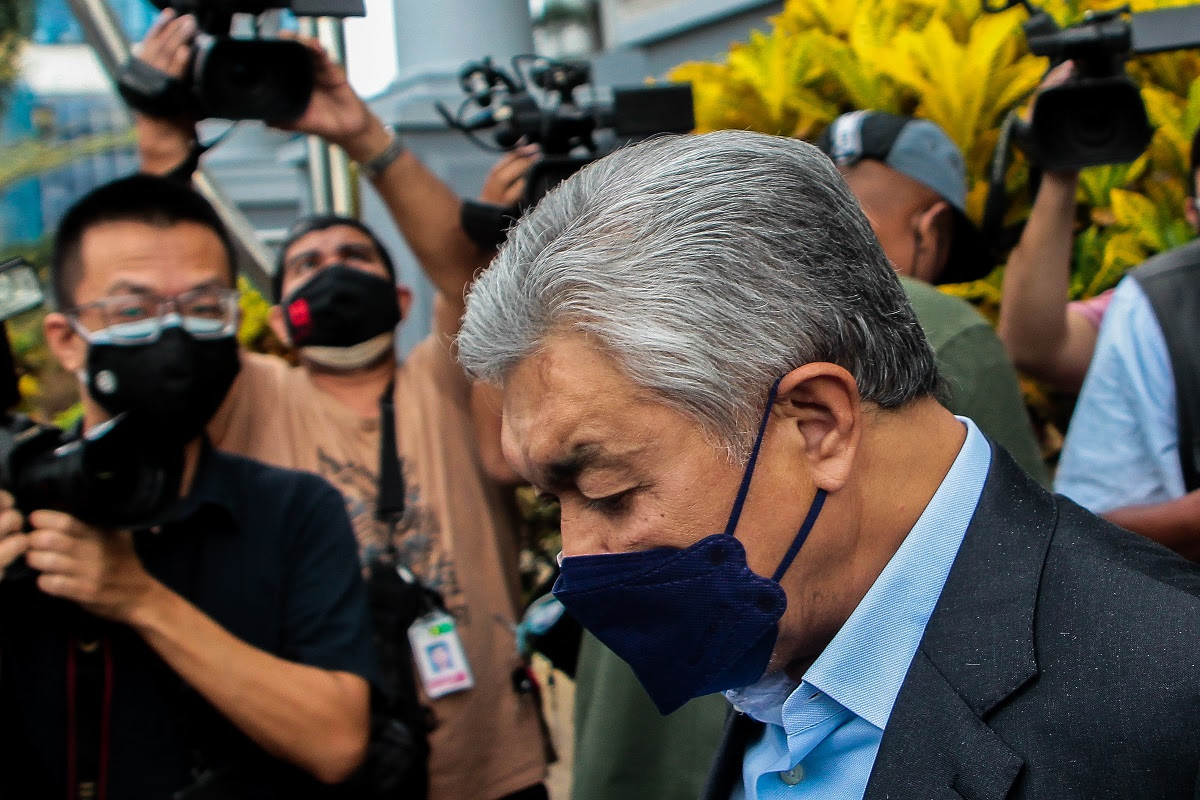 Zahid trial: How does boutique hotel in Bali help the poor, asks DPP