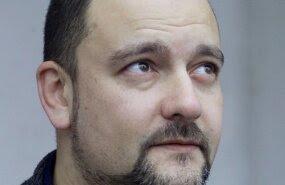 Stalnuhhin: valitsuse otsus tõukab Narvat vene erakooli loomisele.