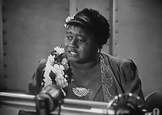 Hattie McDaniel, Star of Gone with the Wind, Gives a Moving Academy Award Acceptance Speech (1940)