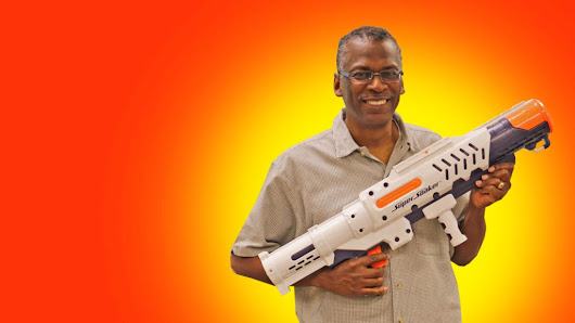 Lonnie Johnson: The father of the Super Soaker - BBC News