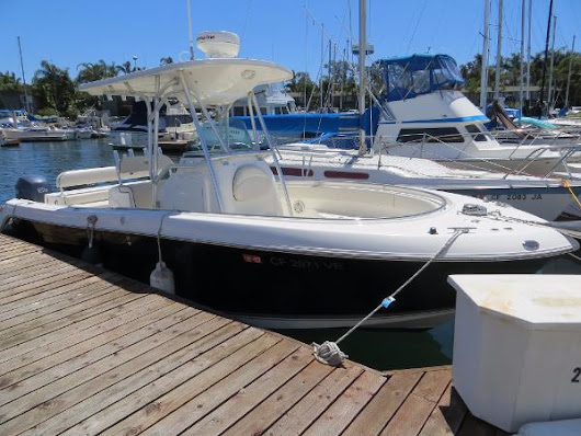 24' Robalo R240 Center Console 2006 - Ballast Point Yachts