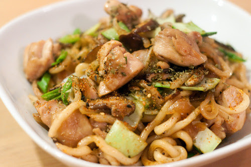 Japanese Stir Fried Noodles (Yakiudon)