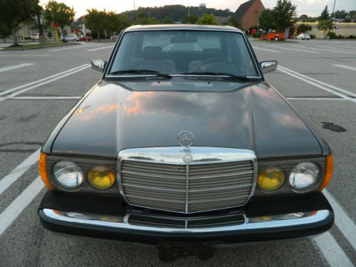 Buy used 1982 Mercedes 240D - California Beauty in ...