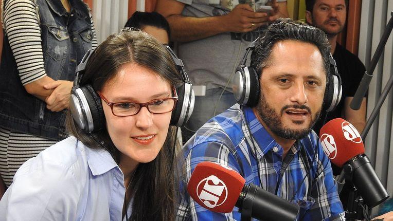 Esther Solano e Willian Novaes no Pânico, da Jovem Pan