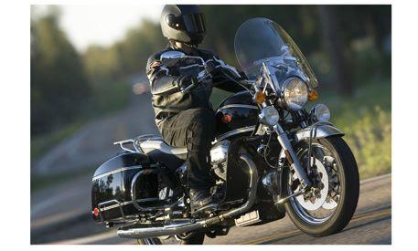 Big Baggers 2008 Yamaha Star Road Star Silverado S Cycle