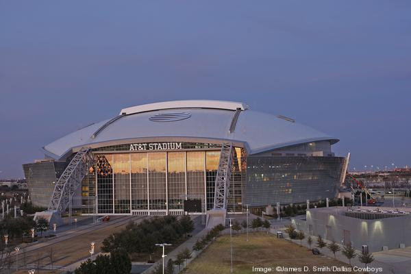 2014 ATTStadium west globe2218