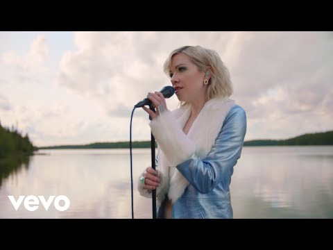 "Carly Rae Jepsen - ""The Sound"" (Live Video)"