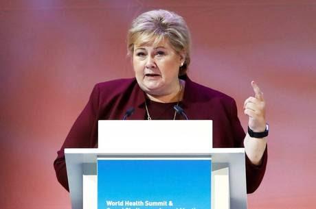 Noruega pede perdão a mulheres que fizeram sexo com nazistas