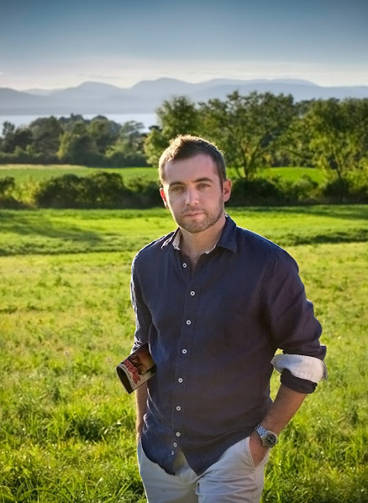 Journalist Michael Hastings dies in car crash at 33