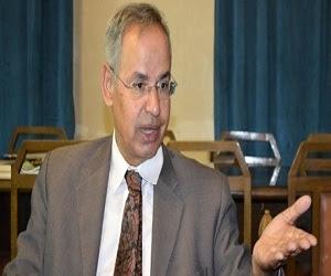 الدكتور محمد الشحات