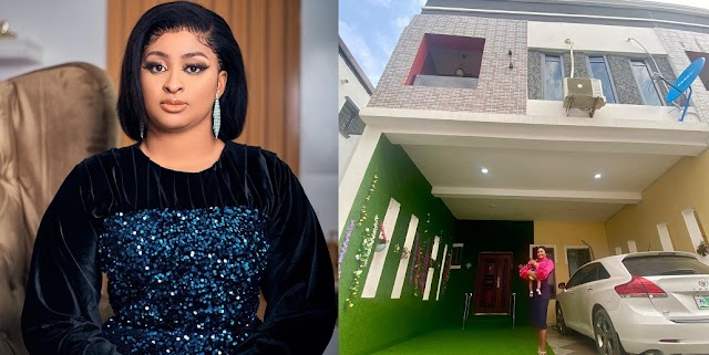 Nollywood actress Etinosa Idemudia Celebrates As Her Dreams Of Becoming A House Owner Comes True [Photos]