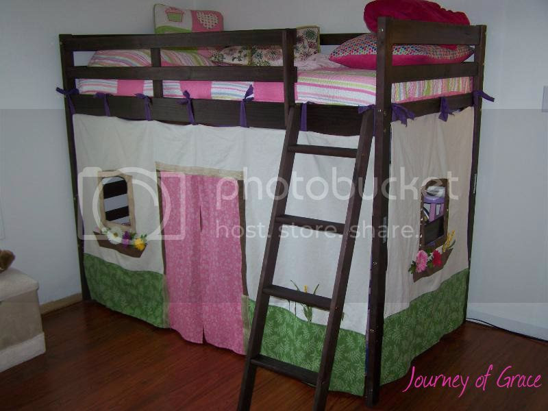 Journey of Grace: Loft Bed Canopy - Tutorial