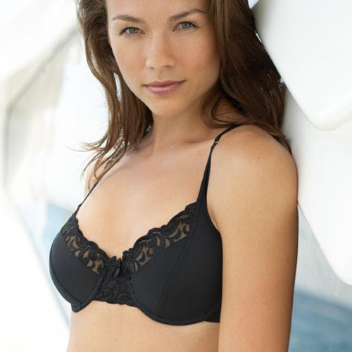 http://www.comparestoreprices.co.uk/images/unbranded/n/unbranded-non-padded-underwired-bra--black.jpg