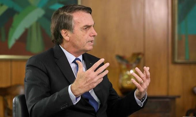 """Bolsonaro peita o presidiário lula, """"meu governo não é de um bando de cachaceiros"""""""