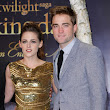 Robert Pattinson And Kristen Stewart Enjoy Wild Kinky Sex With Handcuffs and Blindfolds 7 Times Each Day - Report | Celeb Dirty Laundry