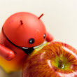 8 Huge Complaints We Still Have About Android