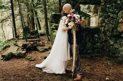 Small Wedding // Portland Elopement Photos