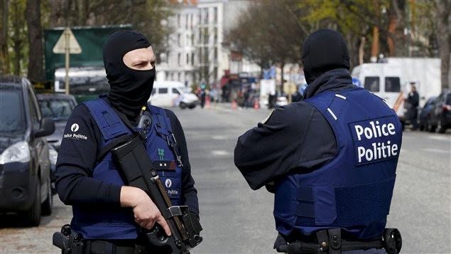 Des policiers belges à Bruxelles