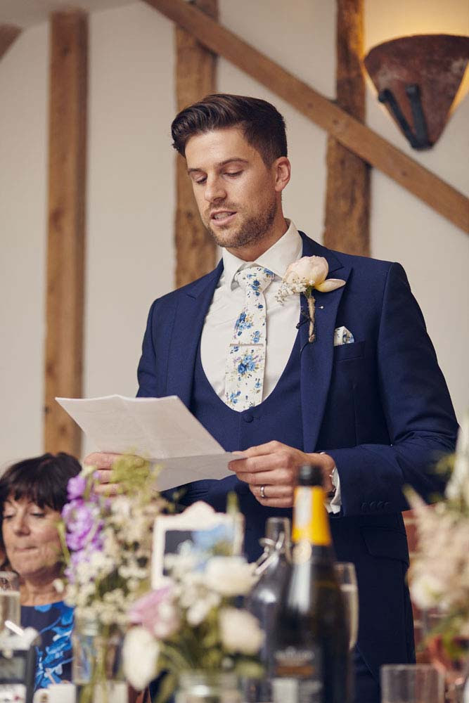 Groom giving speech at Moreves Barn in Sudbury Suffolk - www.helloromance.co.uk