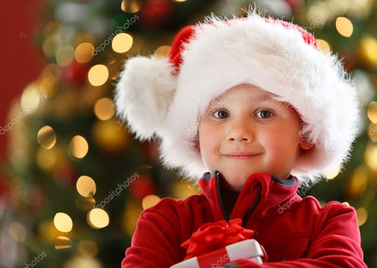 Boy with Christmas gift | Pixervatory, One search engine for a great amount photos