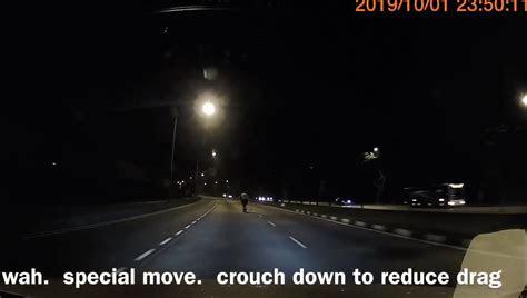 guy casually rode  pmd   road  yishun