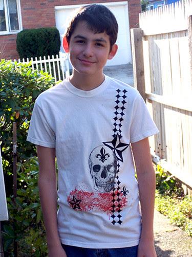 Trevor skull shirt
