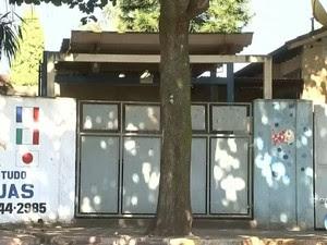 Alunos atearam fogo em cabelo de professora (Foto: Reprodução / TV TEM)