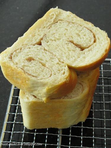 Maple Syrup Cinnamon Loaf