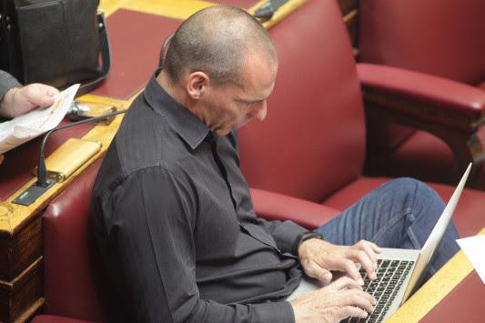Άνοιξε πυρ ο Βαρουφάκης μετά την έκθεση του ΔΝΤ - Οι δηλητηριώδεις αιχμές στον ΣΥΡΙΖΑ - Ζήτησε την απόλυση 3 προσώπων