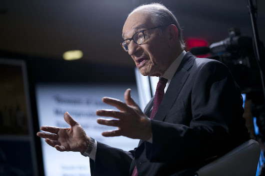 No Bubble in Stocks But Look Out When Bonds Pop, Greenspan Says