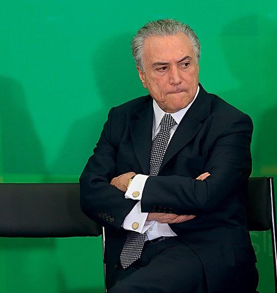Caso a chapa seja cassada, Michel Temer cairia junto de Dilma Rousseff (Foto: Alan Marques/Folhapress)