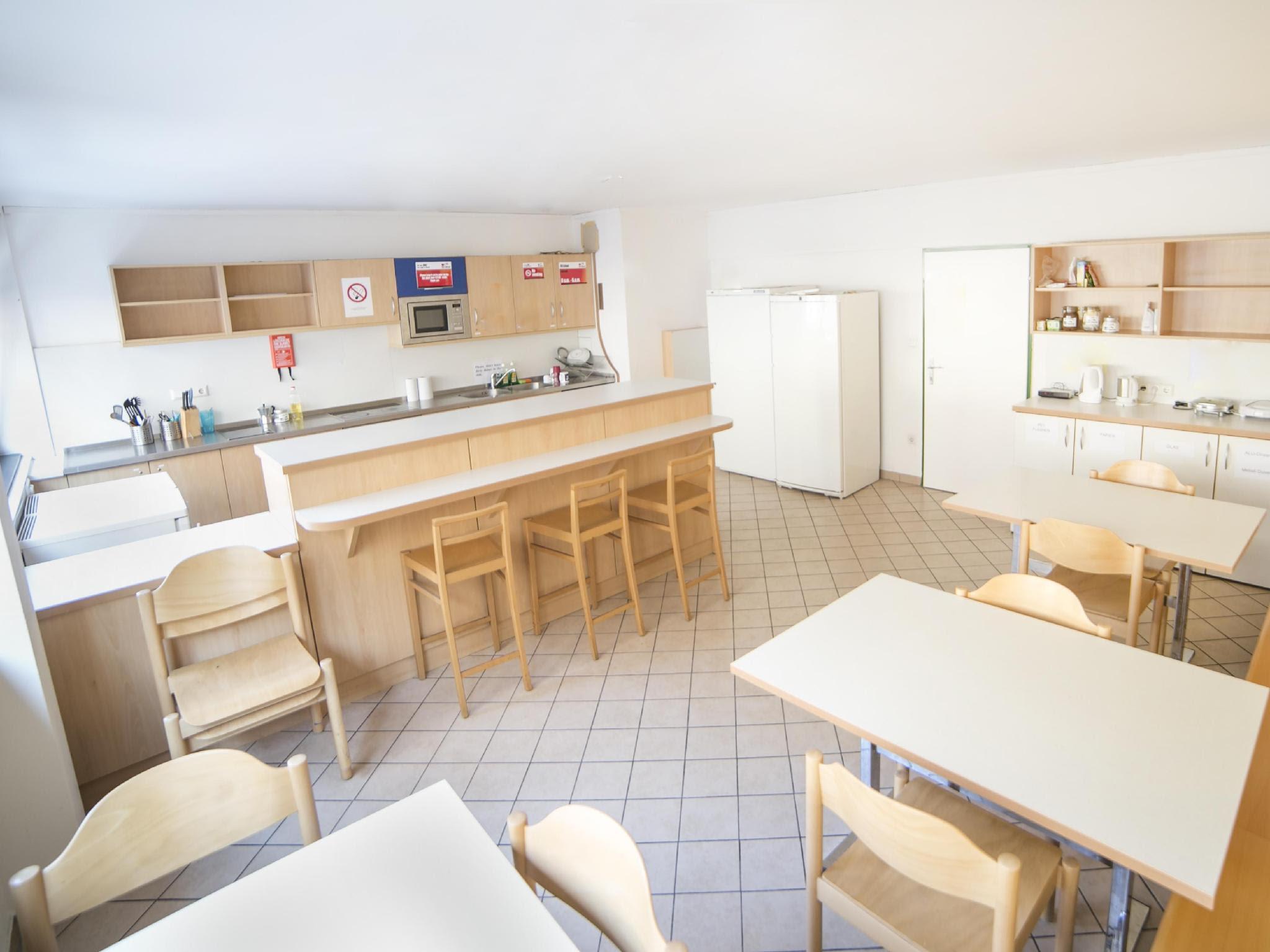 Review Alibi Hostel