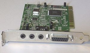 English: a front view of a PCI based sound car...