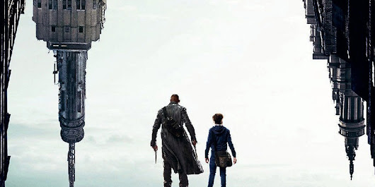 New Dark Tower Poster Reveals There Are Other Worlds Than These