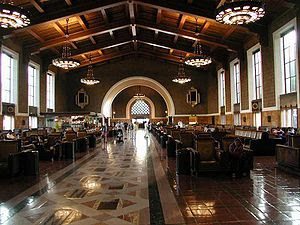English: Waiting room of Union Station, Los An...