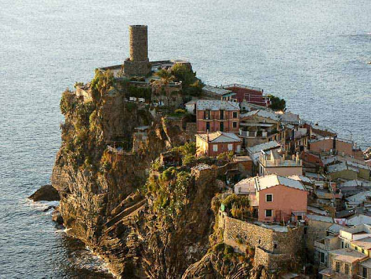 Cinque Terre Hiking Trails Guide