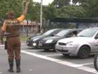 Suspeito de agredir agente vai à polícia (Reprodução/TV Vanguarda)