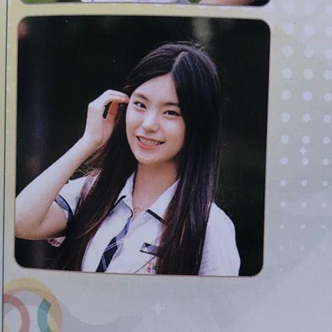 ITZY 예지 데뷔전 모습 | 인스티즈