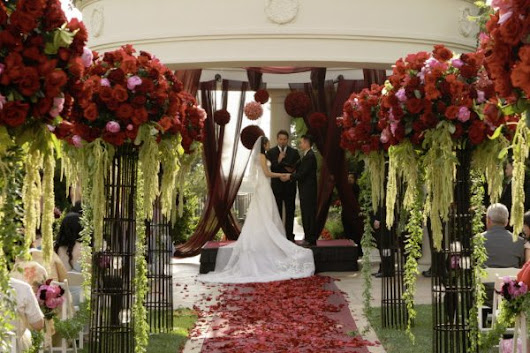 Event Design - The Lavish Aisle