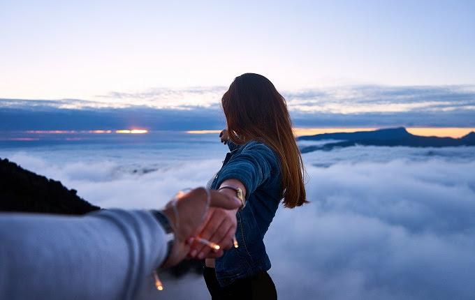 Tak ada kekerabatan yang sanggup berjalan lancar Walau Memiliki Pandangan yang Tak Sama, Bukan Berarti Bung dan si Nona Tak Bisa Bersama