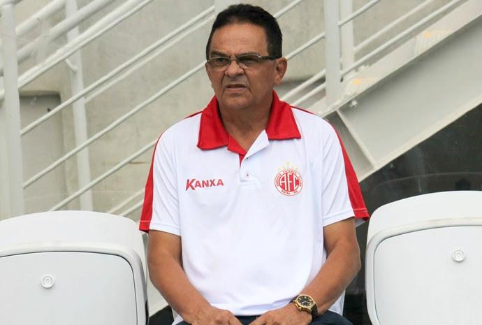 América-RN - Francisco Diá, técnico (Foto: Canindé Pereira/América FC/ Divulgação)
