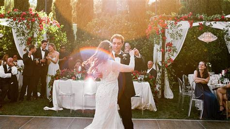 Wedding Planners Share Their All Time Favorite First Dance