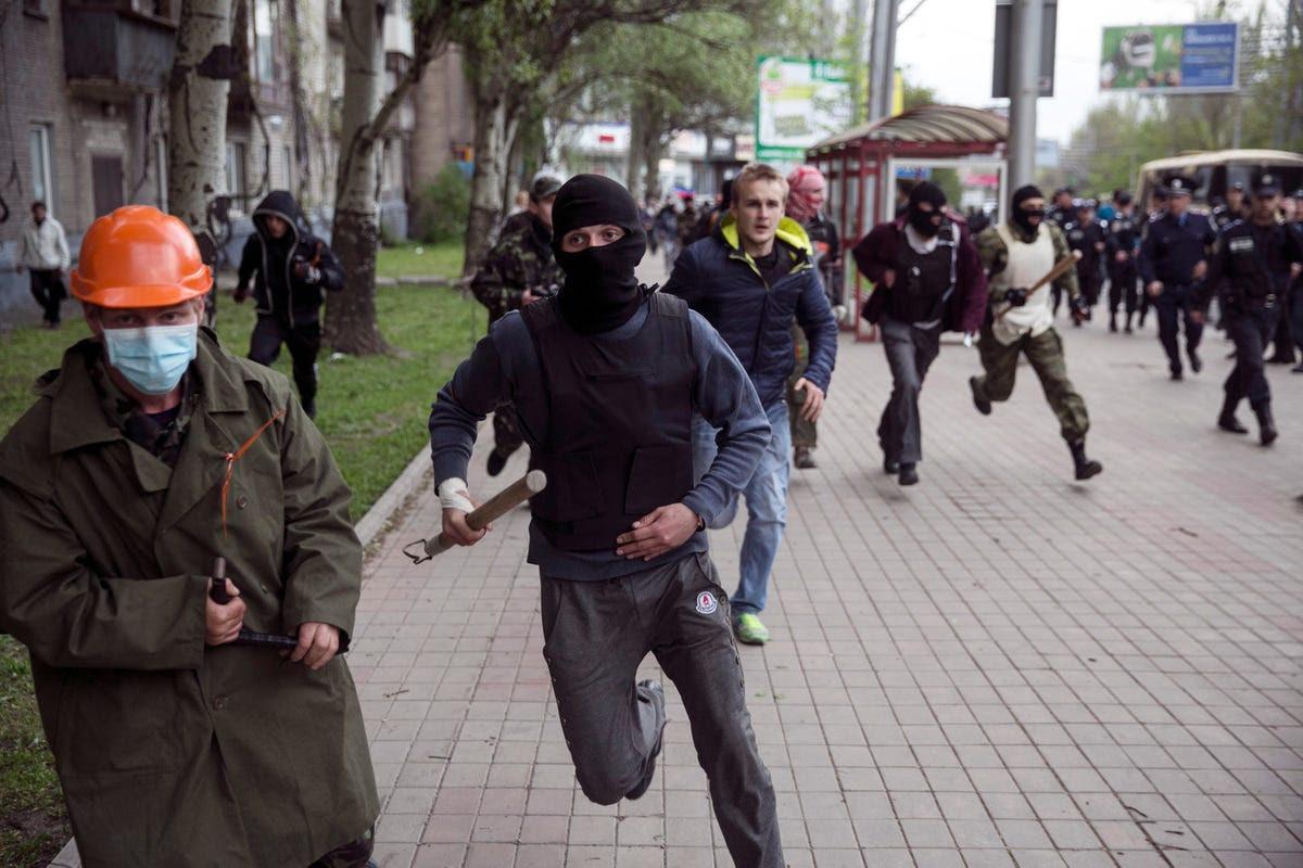 Pro-Russia activists Ukraine